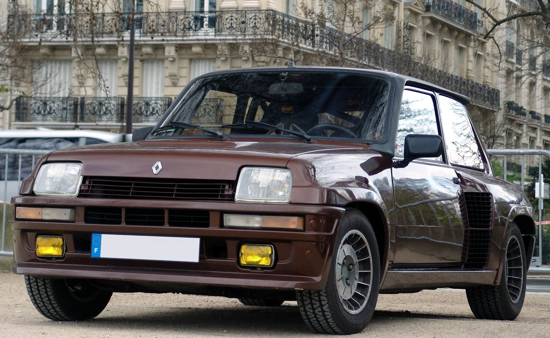 renault 5 turbo 2 sport car. Black Bedroom Furniture Sets. Home Design Ideas